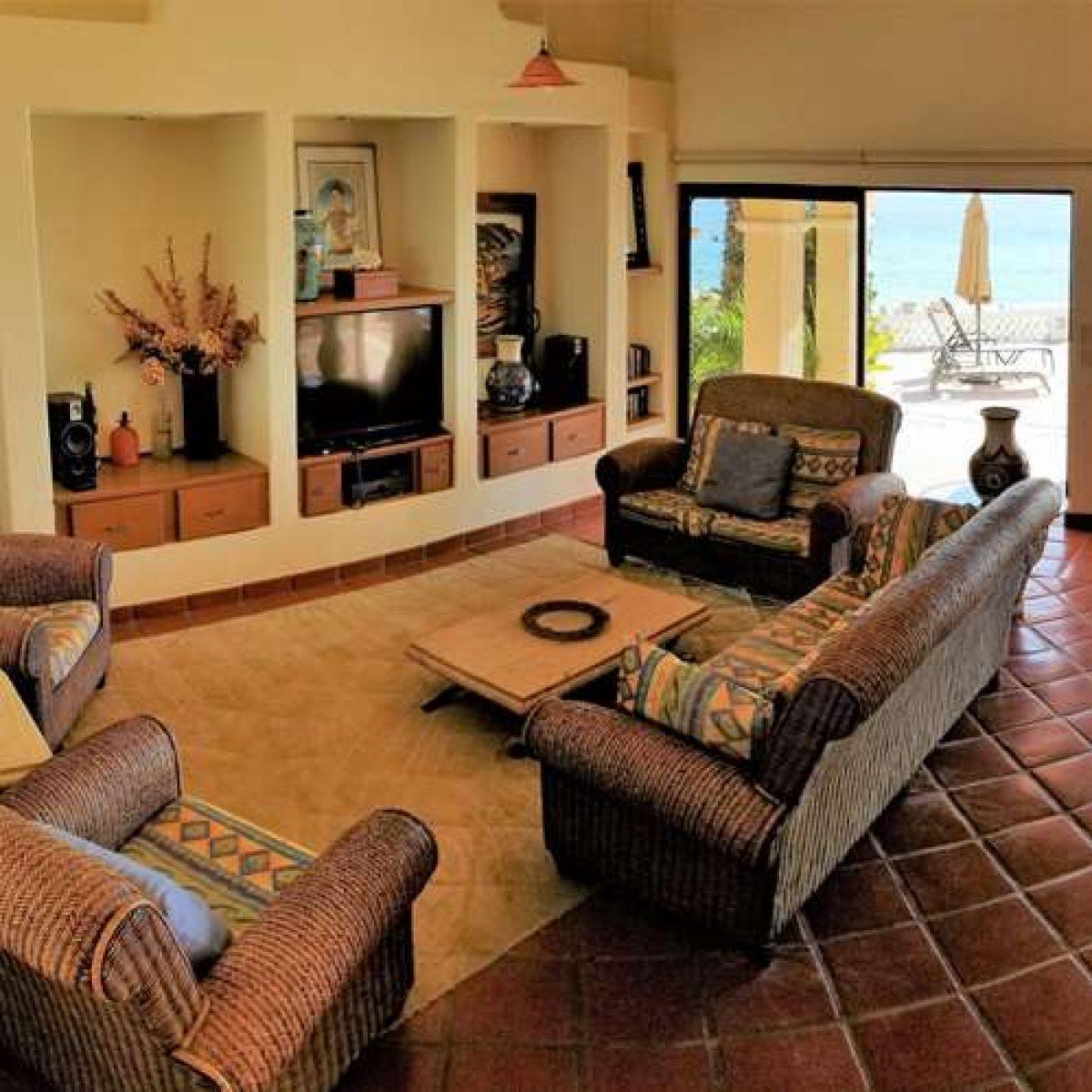 Interior Villa Photos